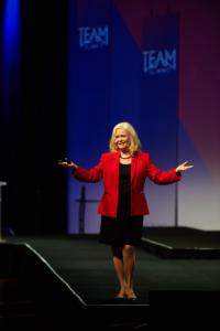 Deliver a Dynamic Keynote Speech