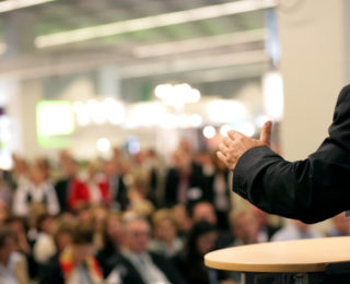 Tips on Hiring the Right Keynote Speaker