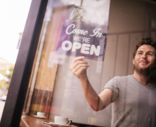 When to Quit Your Day Job and Launch Your Company